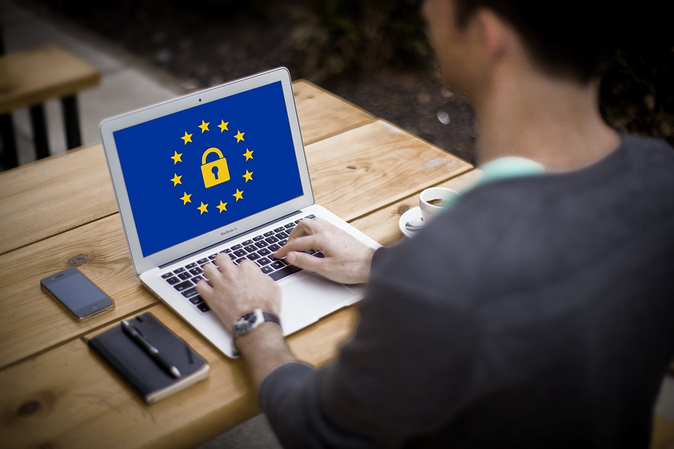 Data Privacy_Businesses_NameDropApp